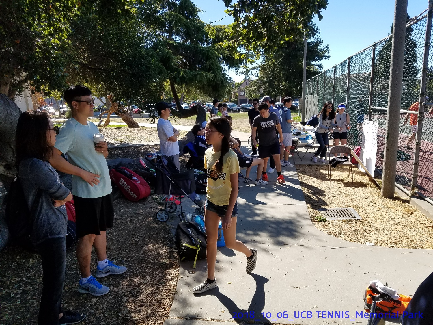 resized_2018_10_06_UCB Tennis at Memorial Park_112939.jpg