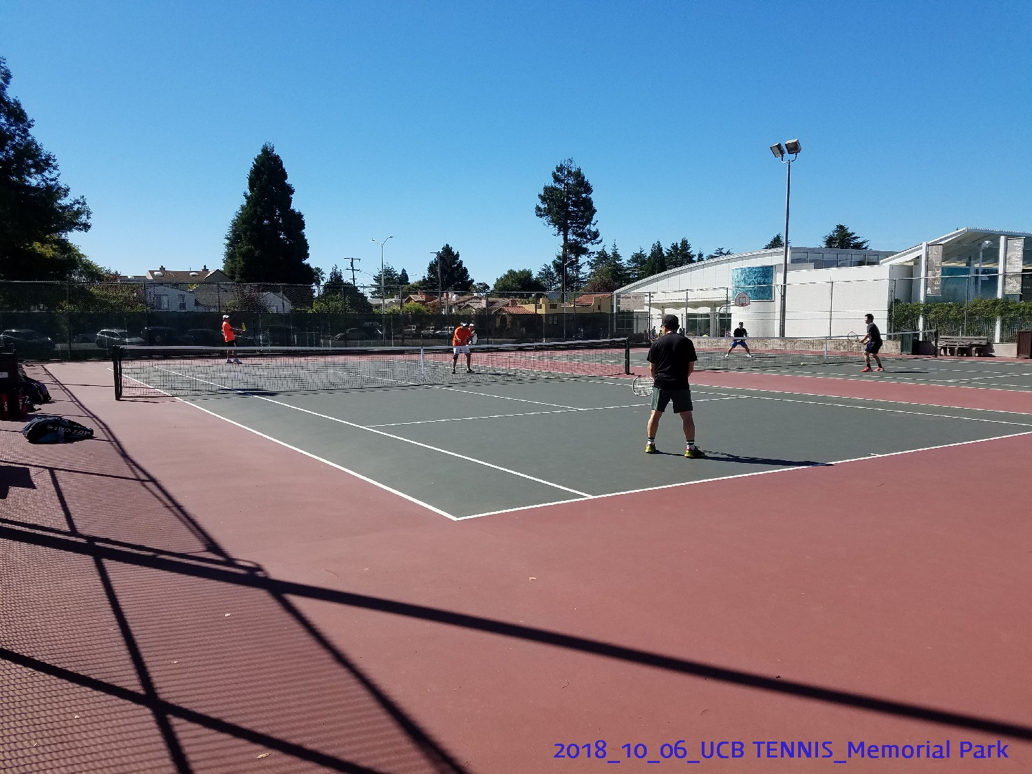resized_2018_10_06_UCB Tennis at Memorial Park_113837.jpg